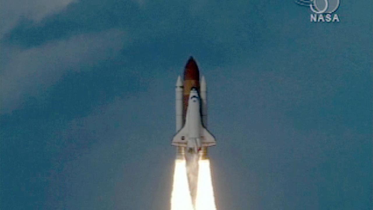 launch of space shuttle atlantis - photo #26