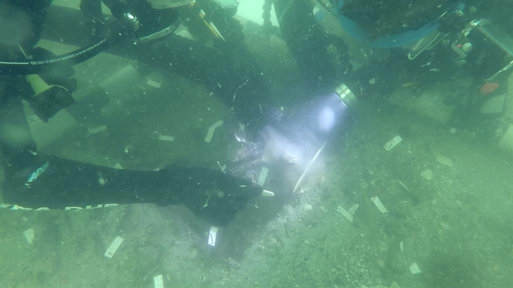 Prehistoric Indian Burial Found Found Under Florida's Waters