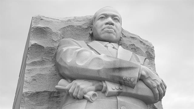 Watch The Martin Luther King Jr Memorial Up Close