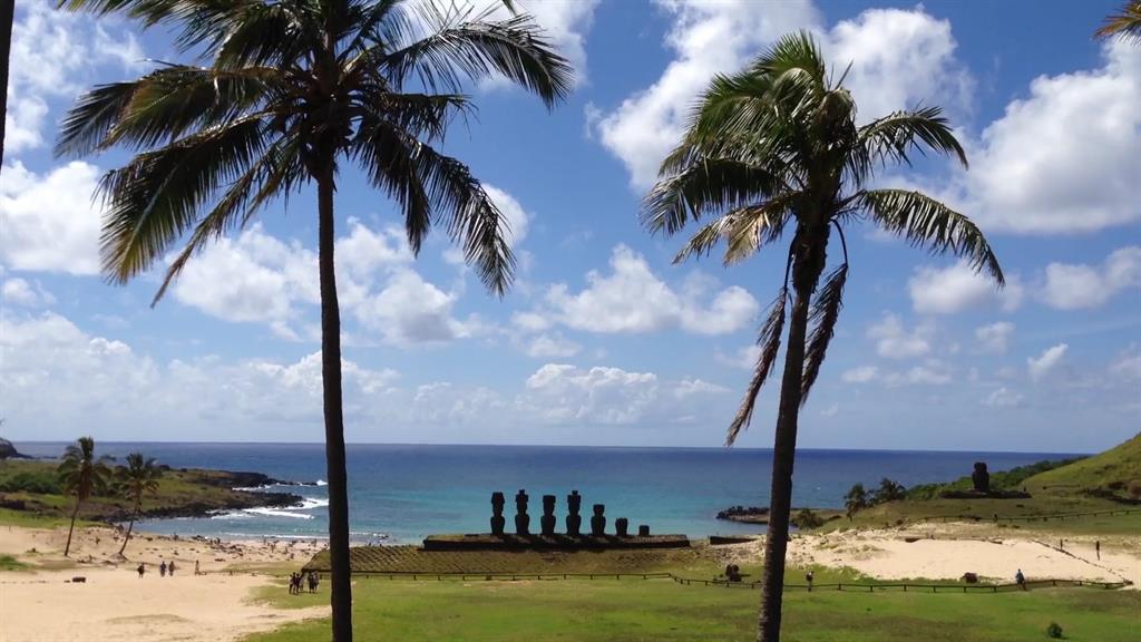 A Guide to Easter Island, Chile
