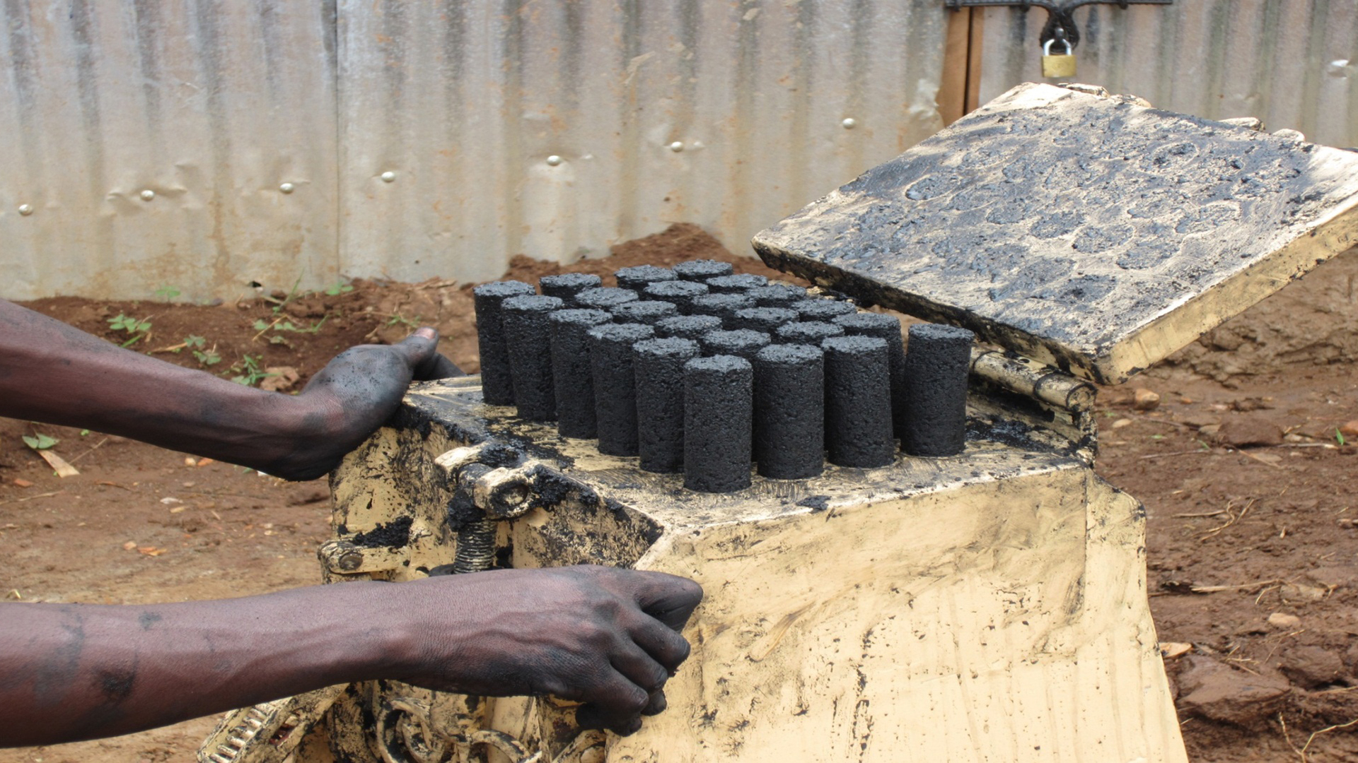 Sanga Moses: Using Waste to Fuel Africa