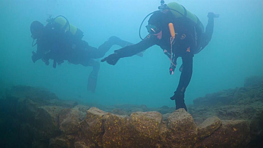67126d1f22778e Ancient Ruins Discovered Under Lake in Turkey