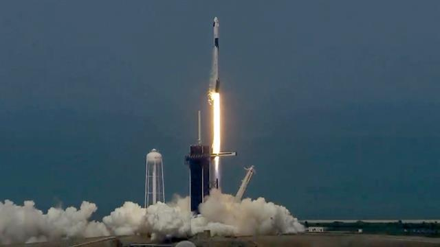 Spacex Launches New Era Of Spaceflight With Company S First Crewed Mission