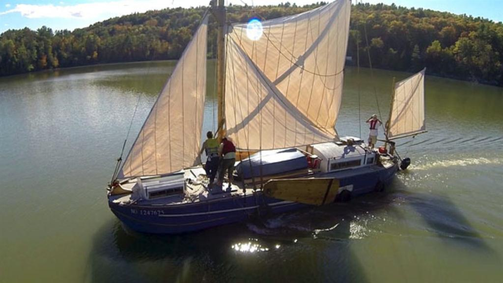 Sailboats Ship Freight to Manhattan for First Time in 60 Years
