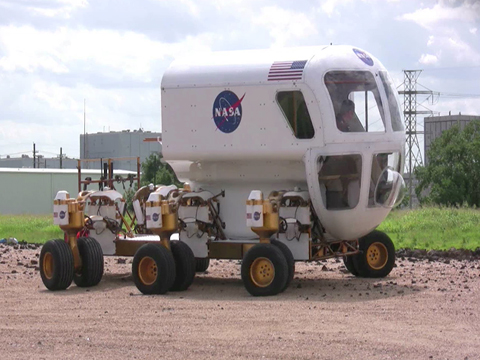 space adventure lunar rover - photo #36